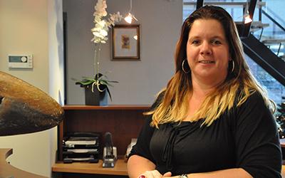 Marianne Hengeveld, secretaresse, m.hengeveld@ceb-reusen.nl